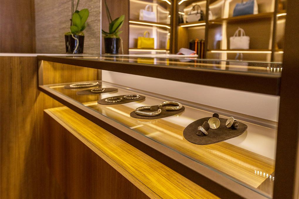 Mueble Bolsas & Accesorios